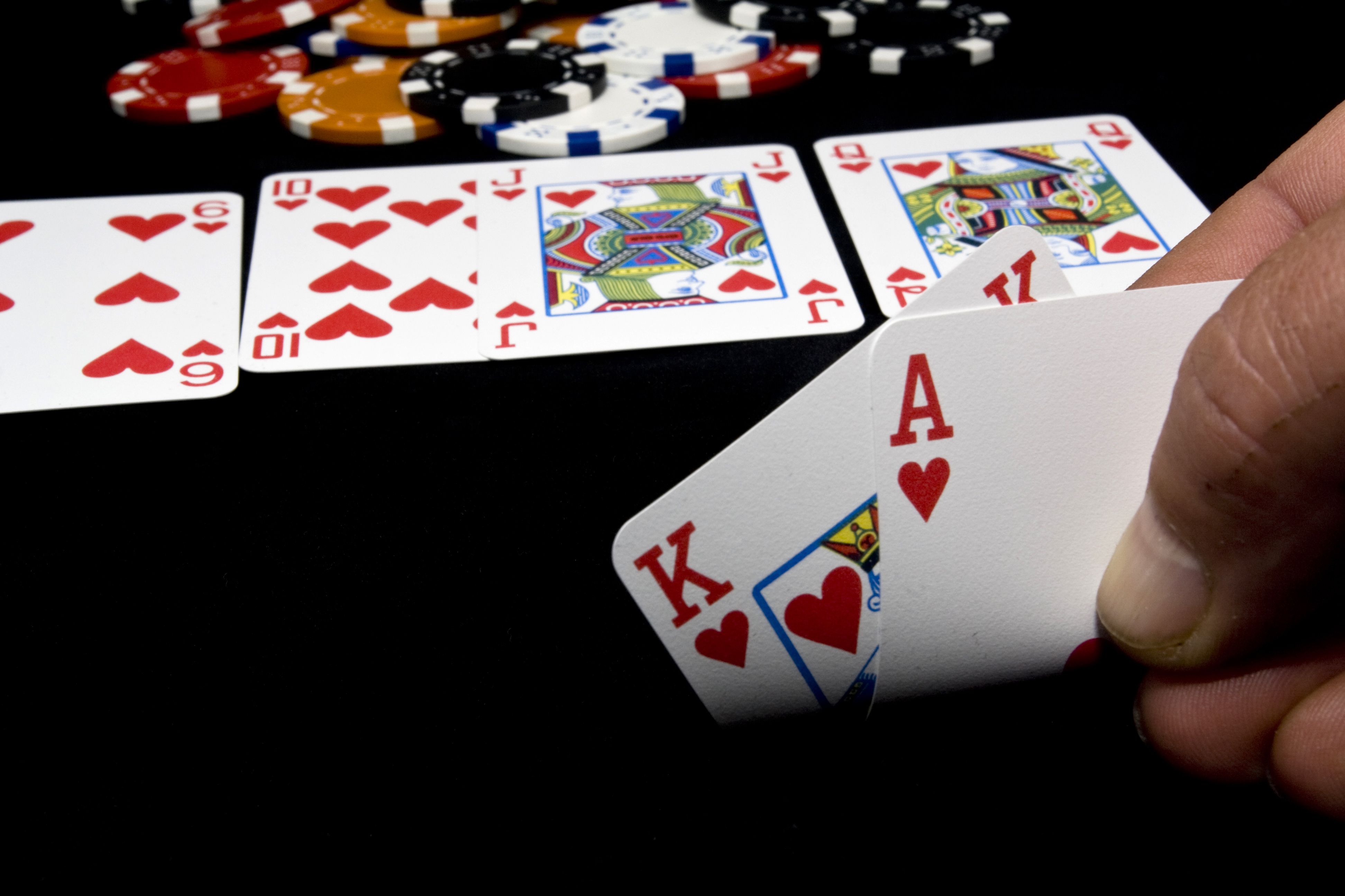 Poker Online Terpecaya Menjamin Service Memuaskan